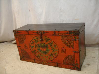 Antique Tibetan trunk - Antique Chinese Chests, Trunks, Boxes. Antique Chinese Furniture
